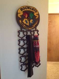 The DIY Harry Potter Scarf Rack is a Magically Tricky Project #valentinesday trendhunter.com