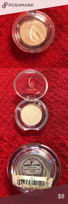 Caboodles current affair eye shadow Caboodles current affair eye shadow  never used natural gold tone caboodles Makeup Eyeshadow