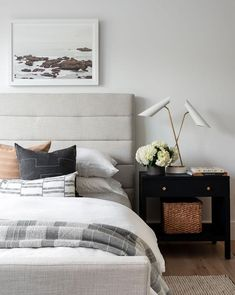 Our Lila Bed sets a high-end tone but approachable feel in your bedroom. Its quilted frame brings added comfort and a softened sense to its modern silhouette. Bedroom Inspo, Home Decor Bedroom, Estudio Mcgee, Guest Room Decor, Suites, Interior Design, Decoration, Transitional Style, Transitional Bedroom Decor