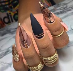 Coffin Nails Designs Trends Nail Art Ideas 2019 - Page 21 of 58 - hairstylesofwomens. Chic Nails, Glam Nails, Dope Nails, Fancy Nails, Stylish Nails, Best Acrylic Nails, Acrylic Nail Designs, Nail Art Designs, Unique Nail Designs