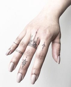 Finger tattoos from Joanna. Done at Chronic Ink Tattoo - Toronto, Canada . - Finger tattoos from Joanna. Done at Chronic Ink Tattoo – Toronto, Canada … – Finger tattoos b - Cute Finger Tattoos, Cute Girl Tattoos, Finger Tats, Finger Tattoo Designs, Henna Tattoo Designs, Diy Tattoo, Tattoo Girls, Love Tattoos, Body Art Tattoos