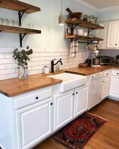Kitchen Redo, Home Decor Kitchen, Interior Design Kitchen, New Kitchen, Home Kitchens, Kitchen Remodel, Kitchen Backsplash, Wood Kitchen Countertops, Kitchen With Wood Countertops