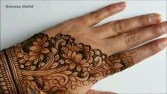 Beautiful flower Look - henna designs - Henna Hand Designs, Eid Mehndi Designs, Henna Tattoo Designs, Mehndi Designs Finger, Khafif Mehndi Design, Floral Henna Designs, Mehndi Designs For Girls, Mehndi Designs For Beginners, Modern Mehndi Designs