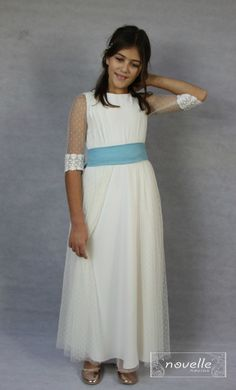 NOVELLE comunion - Mod. Cecilia 1 Girls Dresses, Flower Girl Dresses, Wedding Dresses, Flowers, Fashion, Dress Girl, Bridal Gowns, Flower Crowns, Espadrilles