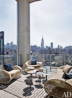 Modern Outdoor Space by Jean-Louis Deniot in West Side, Manhattan