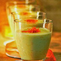 Arroz doce com custard, raspa e sumo de laranja