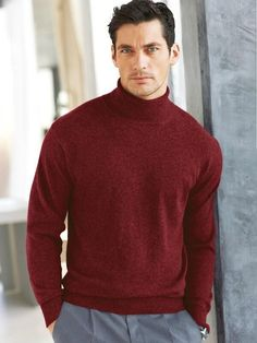 Loving and appreciating David Gandy all day, everyday. Famous Male Models, Top Male Models, David Gandy, Men's Fashion, Androgynous Models, Dolce E Gabbana, Elegant Man, British Men, Colorful Fashion