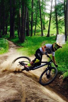 Full Speed Ahead Mountain Biking Trail Riding Style. http://WhatIsTheBestMountainBike.com Follow for follow, pin for pin!