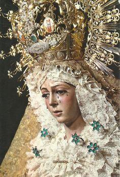 Nuestra Señora de la Esperanza Macarena. Sevilla. LVA-13