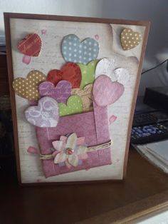 Valentine Crafts, Valentine Day Cards, Birthday Card Design, Birthday Cards, Tarjetas Diy, Decorated Gift Bags, Crafts For Seniors, Mothers Day Cards, Paper Hearts