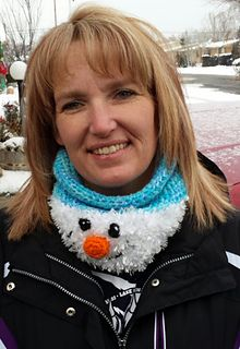 Snuggler, band and neck cozy pattern by Heidi Yates ~ free pattern ᛡ