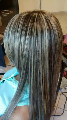 Brown Hair With Blonde Highlights, Blonde Hair Looks, Brown Blonde Hair, Hair Color Highlights, Hair Color Balayage, Hair Dos, Dyed Hair, Hair Inspiration, Curly Hair Styles