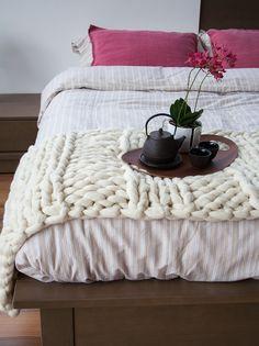Camino de Cama Blanco | Knittingnoodles