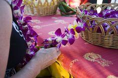 Making a lei bracelet by RandyA38, via Flickr