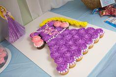 Rapunzel Cupcake Cake, Princess Party