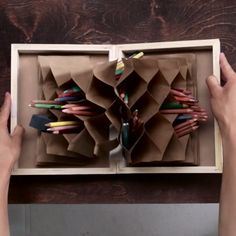 DIY Pop-Up Pen Organizer