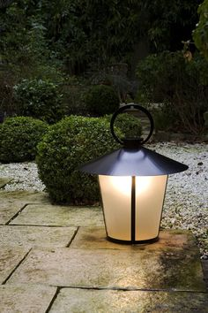 Free-standing lights | Passage | Kevin Reilly Collection | Kevin. Check it out on Architonic