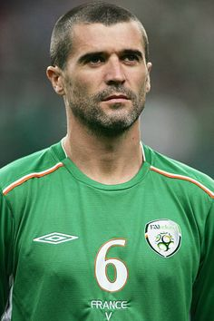 A portrait of Roy Keane of Republic of Ireland prior to the Group 4 2006 World Cup Qualifying match between France and Republic of Ireland on October the Stade de France in Paris, France. Get premium, high resolution news photos at Getty Images Legends Football, Football Icon, Football Kits, Football Match, Football Soccer, Football Players, Roy Keane, Ireland Pictures, Scruffy Men