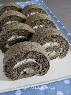 Make the filing orange for Halloween? Black Sesame Chiffon Cake Roll, Recipe adapted from Keiko Ishida's 'Okashi-Sweet Treats Made with Love' 黒ごまロールケーキ Cake Roll Recipes, Dessert Recipes, Sesame Recipes, Sesame Cake Recipe, Swiss Roll Cakes, Sponge Cake Roll, Japanese Cake, Light Cakes, Black Sesame