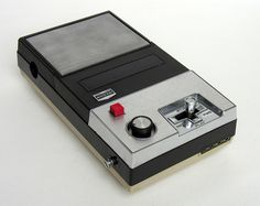Sanyo Cassette Recorder | Spent hours taping my favourirte songs from the radio!