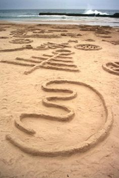 Land art by Strijdom van der Merwe    What a great example of #Earth_Art   #tcarter2012