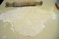 Easy Bake Water Crackers: 8 Steps Water Crackers Recipe, 4 Ingredient Recipes, 4 Ingredients, Food To Make, Baking, Easy, Bakken, Backen, Sweets