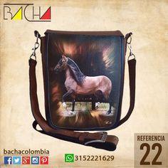 #Bolso Equino 22 #CUERO Con acolchado interno Grande 26x23x7cm Mediano 22x19x7cm
