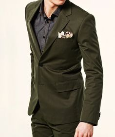 definitivamente quiero su cuerpo, tono de piel... y ropa... esta muy lindo ese color de verde