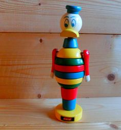 """Brio stacking figurine """"Donald Duck"""" with mark Manufactured by the Swedish company """"Brio"""". Brio Toys, Stacking Toys, Toy Boxes, Vintage Toys, Wood Art, Wooden Toys, Donald Duck, Projects To Try, Table Lamp"""