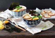 Tonkotsu Ramen - Rich, delicious pork & chicken broth with fresh noodles, soft yolk eggs & smelt in the mouth pork belly. The ultimate comfort food. Nut Recipes, Ramen Recipes, Dinner Recipes, Ramen Broth, Ramen Soup, Tonkotsu Ramen, Homemade Ramen, Foods To Eat, Recipes