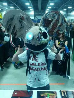 Omg that's the coolest costume EVER! -The walking deadmau5. Great music, great show, best holiday!