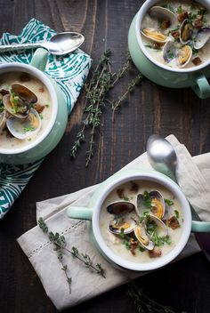 Best Ever New England Clam Chowder recipe at pineappleandcoconut.com