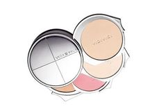 In another effort to draw attention to the eyes, we need to minimize the face, and Vidi Vici's Small Face Case makes that easy. The name is no joke, and neither is the case. The handy little compact contains a finishing powder, highlighter, blush, and shading powder. In the same year that Vidi Vici launched, its Small Face Case compact quickly rose to fame after appearing in the popular Korean drama, My Lovely Sam Soon, Korea's version of Bridget Jones' Diary. In it, Korean Bridget Jones…