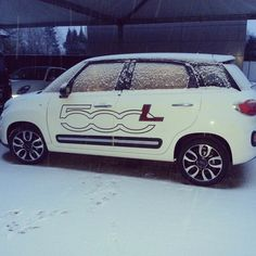 #Fiat #500L under the snow