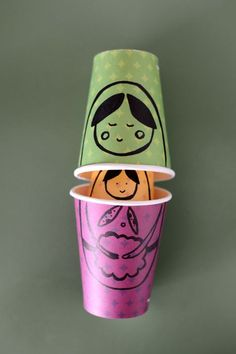 Russian Dolls with Paper Cups. This project is so easy and cute! Via Estéfi Machado