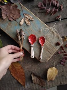 Ceramic Spoons, Ceramic Pottery, Pottery Art, Ceramic Art, Slab Pottery, Pottery Studio, Ceramic Mugs, Porcelain Ceramic, Clay Art Projects