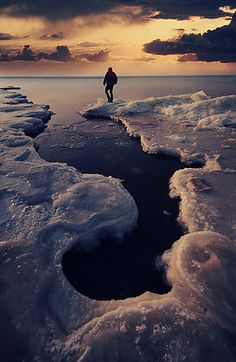 Stand on the cold edge where it meets the infinite horizon...