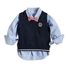 Et festfint sett for de aller minste, komplett med skjorte, myk finstrikket vest og en liten rutete sløyfe.<br><br> - Myk, luftig bomullsskjorte med knapping foran<br> - Avtagbar finstrikket vest med applikasjon<br> - Avtagbar vevet rutete sløyfe Sweaters, Jackets, Fashion, Down Jackets, Moda, Fashion Styles, Sweater, Fashion Illustrations, Sweatshirts