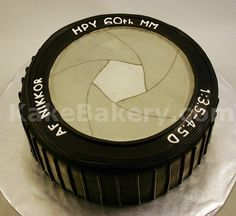 Slr Camera Shaped Birthday Cake This Cake Looks So Real