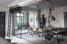 Una casa dallo stile industriale in Svezia