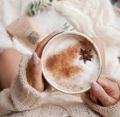 Vanilla Chai, Cream Aesthetic, Spices And Herbs, Tea Strainer, Baby Gift Sets, Coffee Machine, Restaurant Recipes, Drinking Tea, Vegan Gluten Free