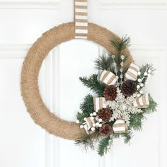 Add some Christmas cheer to your front door with this quick & easy Burlap Christmas Wreath!  Love the stripes!!
