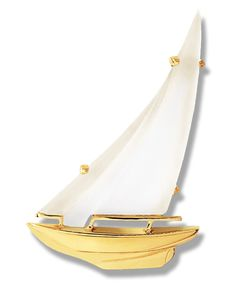 Sloop Frosted Crystal Sail Pin in 14k & 18k #slooppin #frostedcrystal #sailboatpin