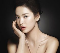 A Korean Dermatologist share his secrets on how to get the perfect skin, and it's CRAZY!