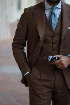Dalcuore Three-piece Suit Tobacco coloured Will Bill Irish linen