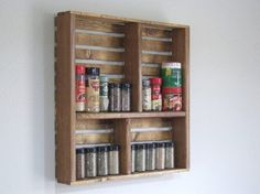 Architecture Art Designs, http://www.architectureartdesigns.com/25-creative-diy-project-ideas-from-old-crates/