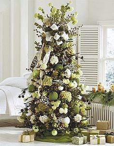 Grandinroad's Winter Garden collection - Hydrangea's and all! Gorgeous!