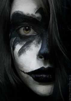 Iris Shaw The Crow Cosplay http://geekxgirls.com/article.php?ID=4231