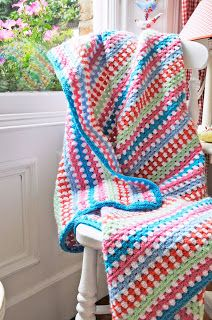 Helen Philipps: Seaside Rock and Granny Stripes - simple pattern, great color combination.
