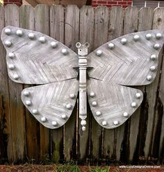 DIY...Lucy Designs: Butterfly - Garden Giant